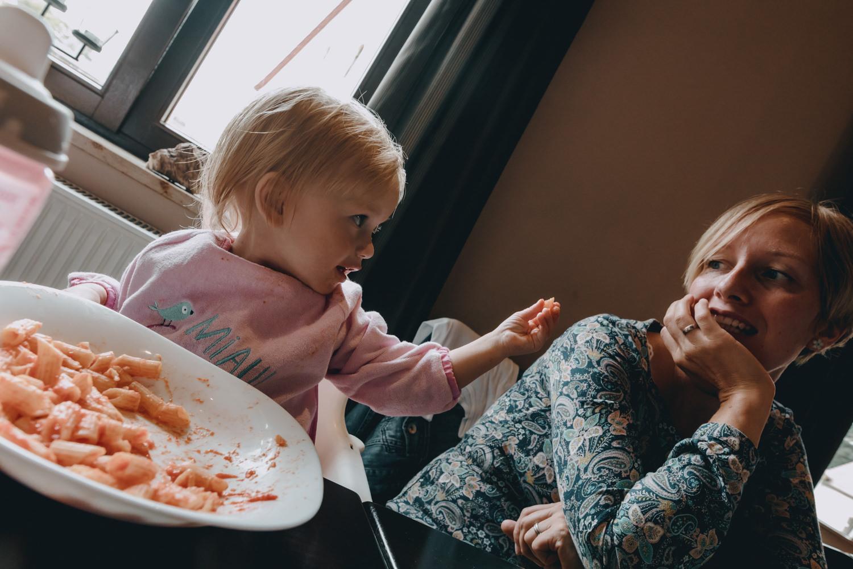 baby feeding mum